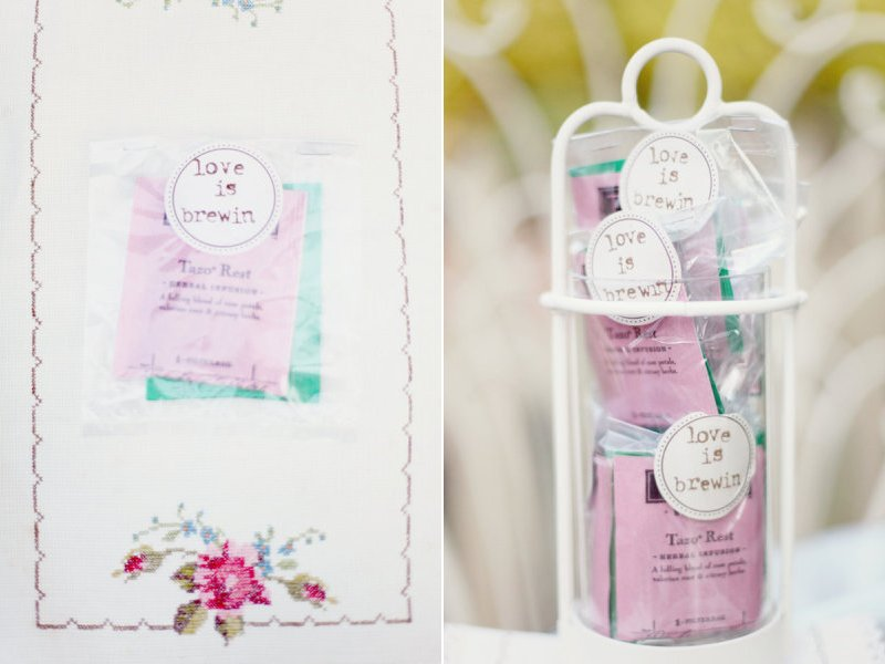 Unique-wedding-guest-favors-herbal-tea.full