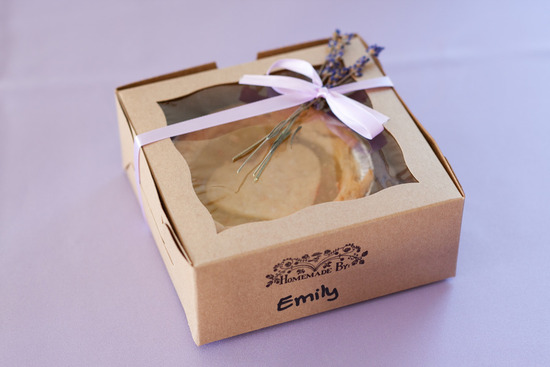 wedding guest favors unique ideas mini apple pies