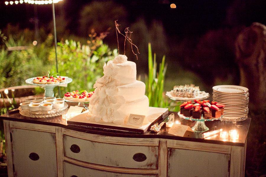 Vintage Wedding Reception Elegant Wedding Cake