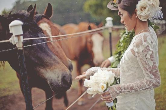 photo of vintage inspired bride outdoor wedding in hawaii
