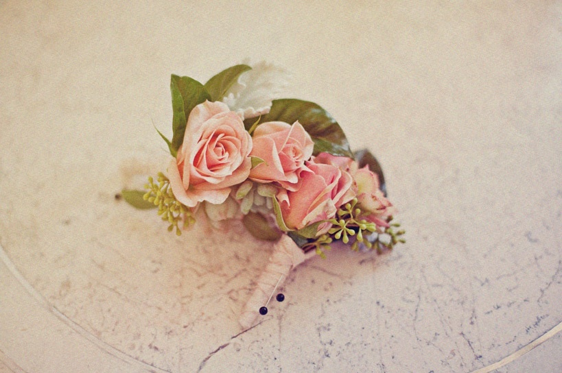 romantic grooms boutonniere vintage wedding inspiration