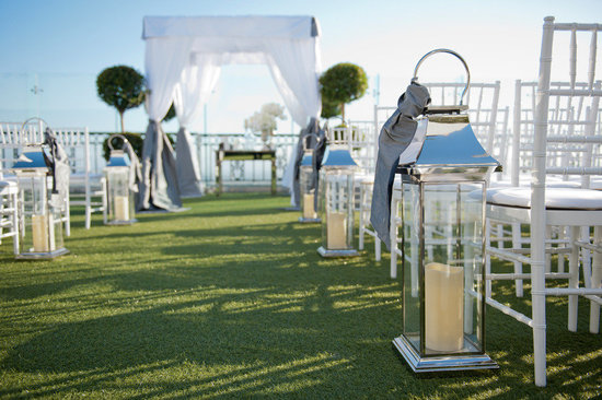 photo of outdoor wedding ceremony simple decor