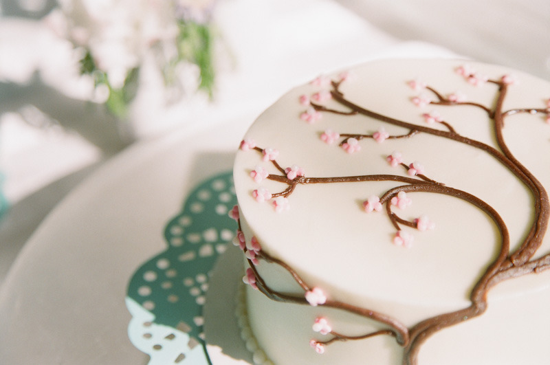 Cherry-blossom-wedding-cake.full