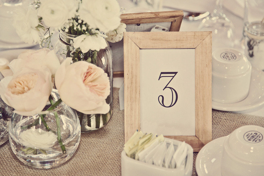 Neutral-wedding-colors-vintage-style-wedding-photography-tablescape.original