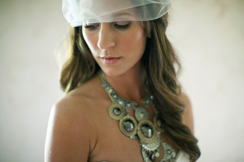 All-down-wedding-hairstyle-cascasing-waves-bridal-blusher.full