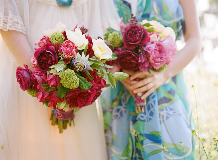 Bright-bridal-bouquet-red-pink-green.full