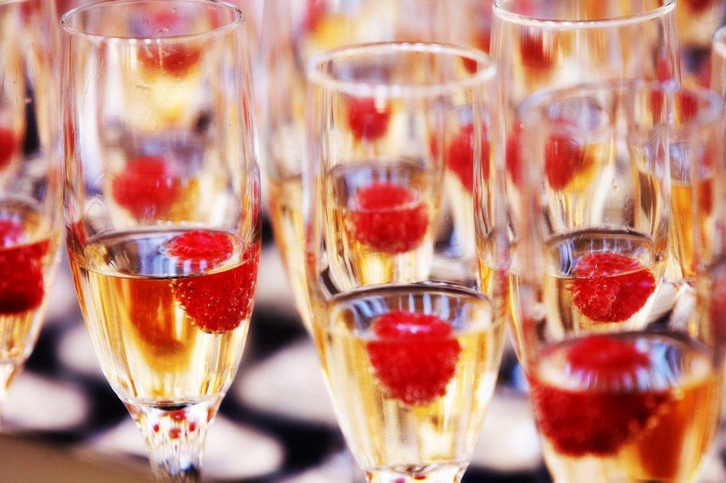 Budget Wedding Ideas Scaled Back Reception Bars
