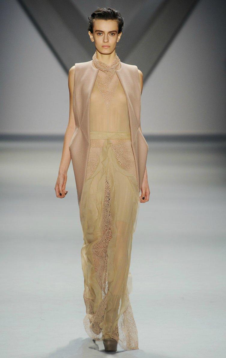 Vera-wang-wedding-dress-inspiration-fal-2012-rtw.full