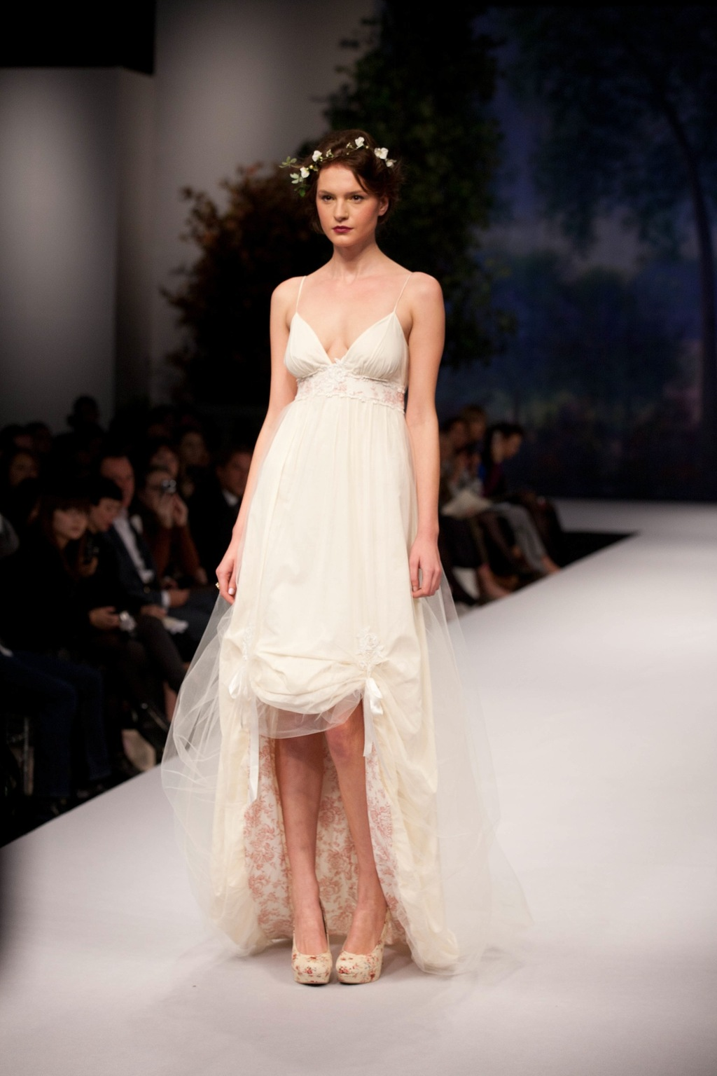 Spring_2012_wedding_dress_claire_pettibone_amelie.full