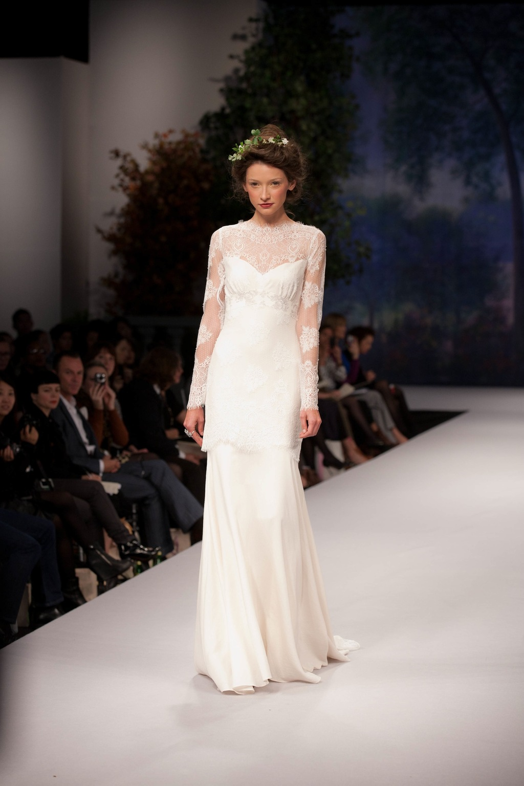 Spring_2012_wedding_dress_claire_pettibone_mademoiselle.full