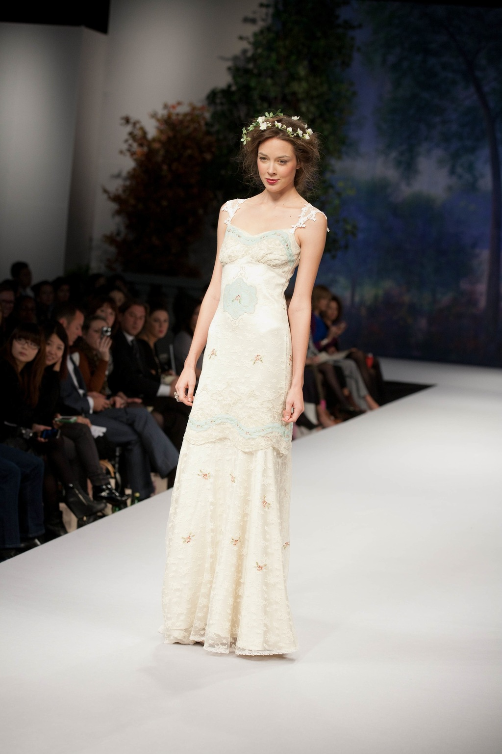 Spring_2012_wedding_dress_claire_pettibone_ooh_la_la.full