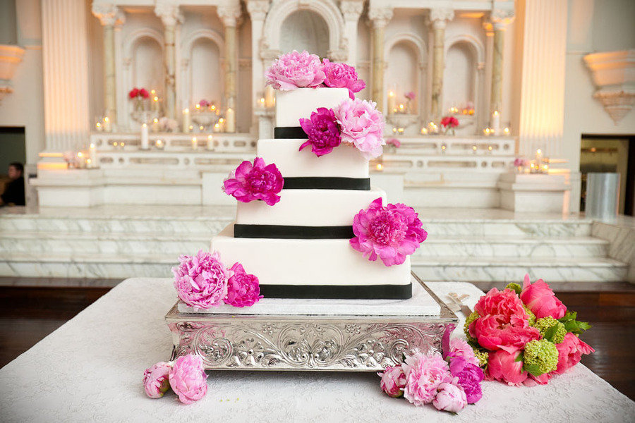 Elegant-wedding-cake-hot-pink-wedding-flowers.full