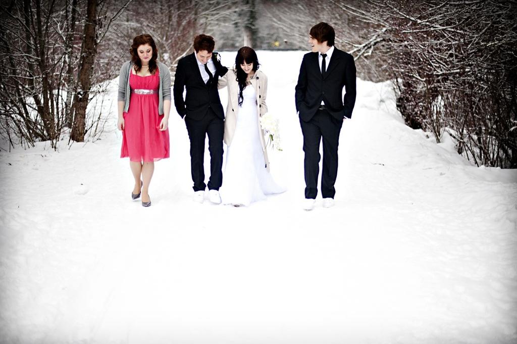 Winter-wedding-bride-groom-best-man-moh.full