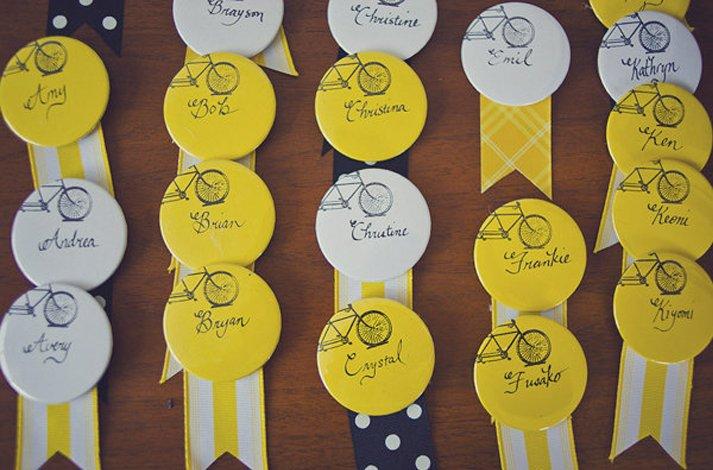 Creative-wedding-reception-ideas-escort-cards-ribbons.full