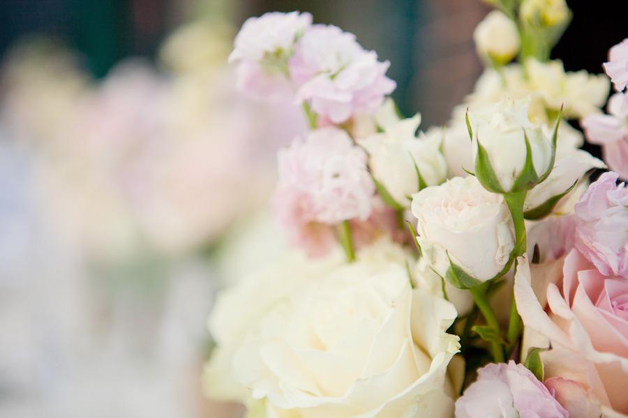 Romantic-wedding-themes-outdoor-wedding-pastels-spring-summer-wedding-flowers.full