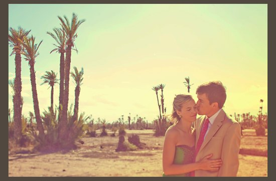 desert wedding offbeat wedding style casual bride groom