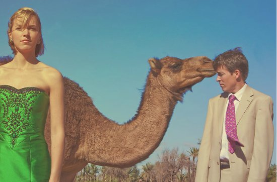 desert wedding offbeat wedding style casual marrakech bride groom camel