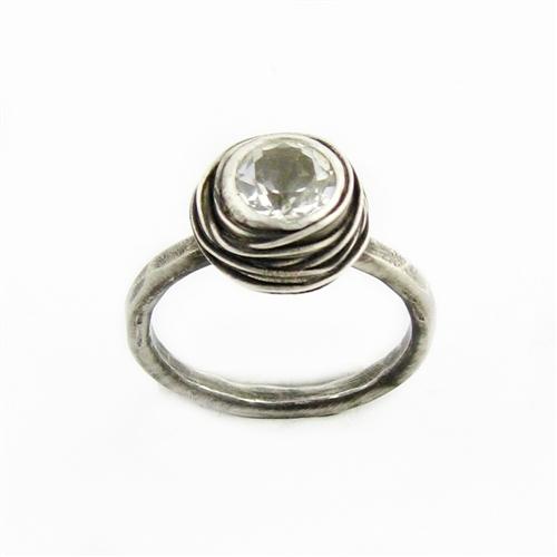 Non-diamond-engagement-ring-eco-friendly.full
