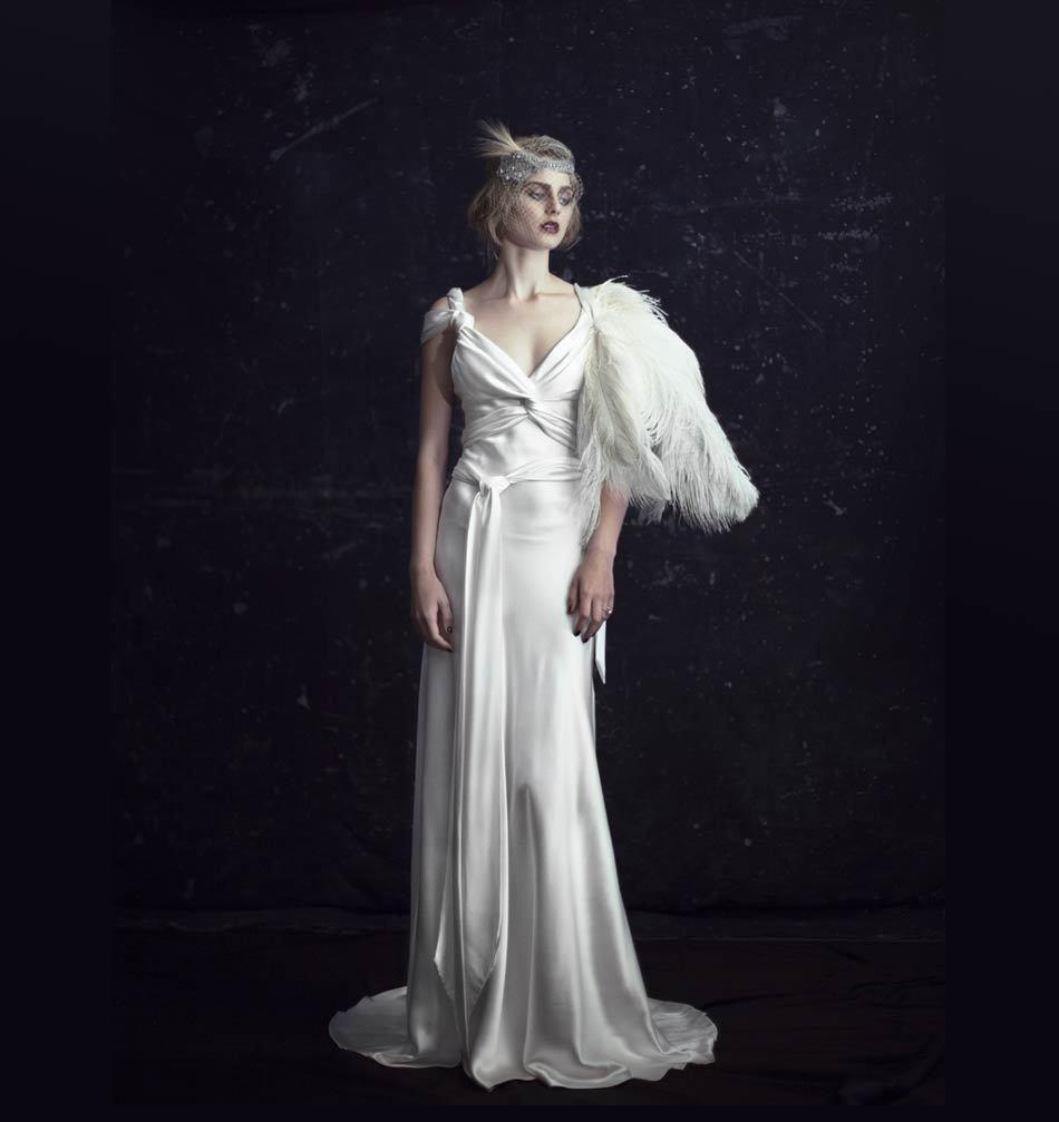 Johanna-johnson-wedding-dress-2012-luxor-bridal-gowns-1.full