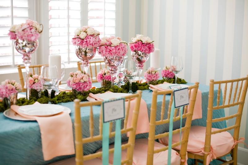 Romantic-pink-wedding-flower-centerpiece-silver-vase.full