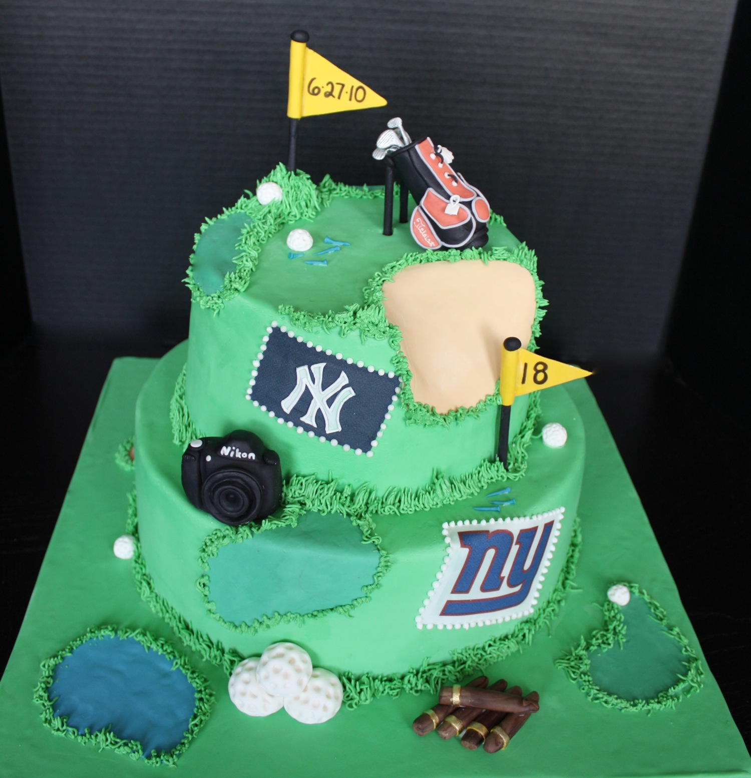 Grooms-wedding-cake-golf-sports.original