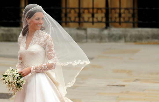 royal wedding up close kate middleton trendsetting bridal style