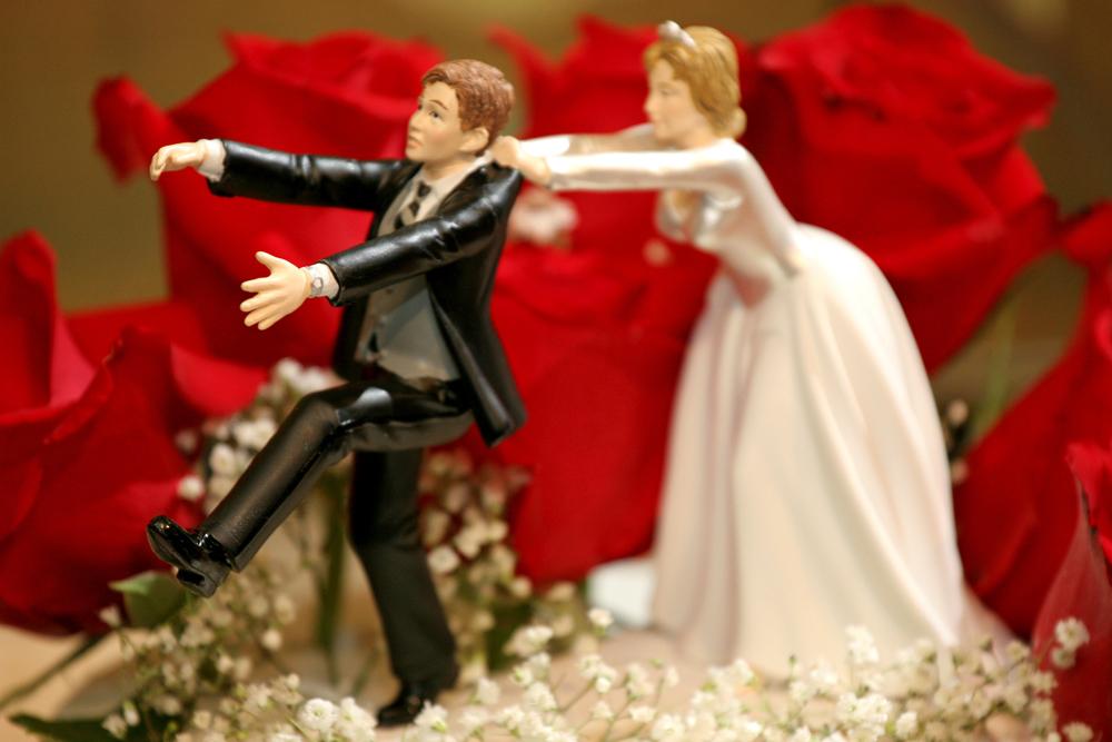 Wedding-buget-ideas-bride-vs.-groom.full