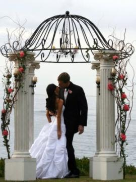 photo of Artistic Arch & Chuppah Rentals by Arc de Belle