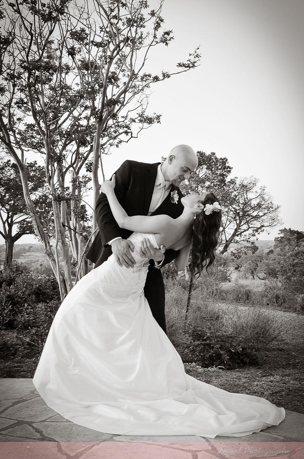 Central_tx_weddings-2now1photo.com-caseyaustin_596.full