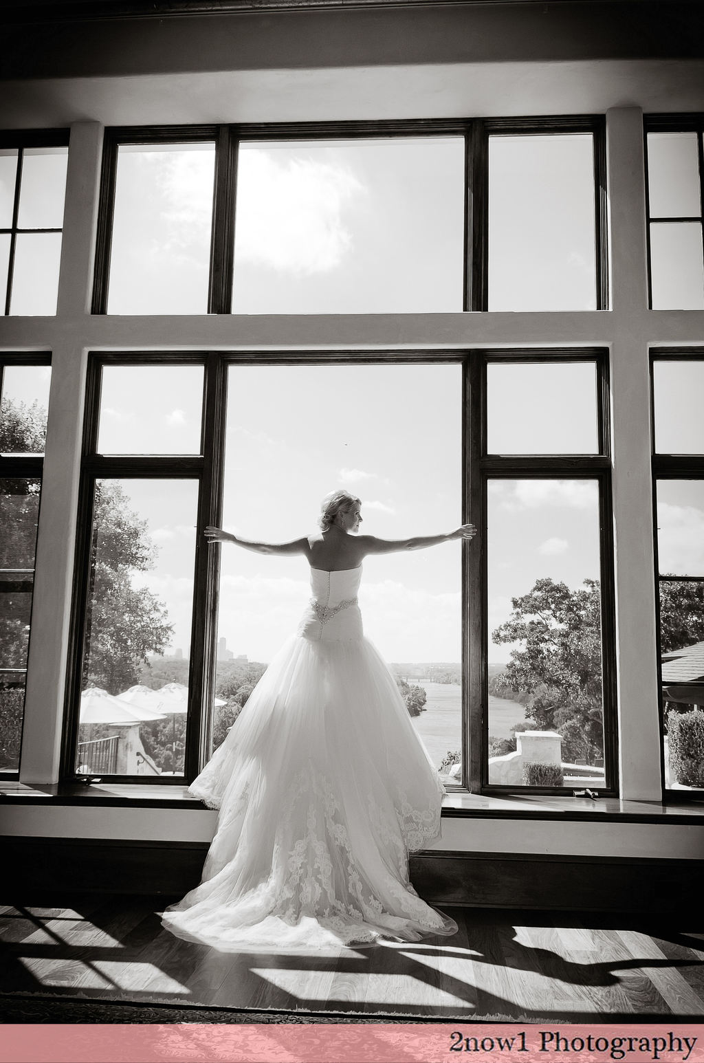 Austin_tx_bridal-hilary_sneak_peek-2now1photo.com_1.full