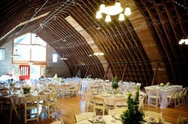Barn_interior_wedding.full