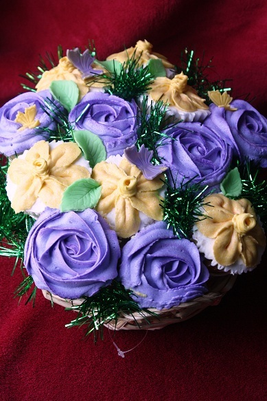 cupcake-novelties-cupcake-bouquet-jmu-graduation