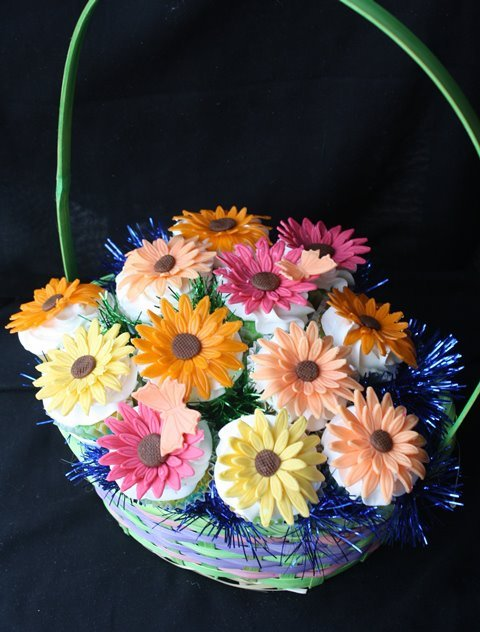 Cupcake-novelties-cupcake-bouquet-gerberas.original.full