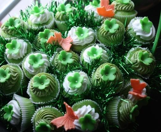 Cupcake-novelties-cupcake-bouquet-st-patricks-day-2.original.full