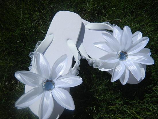 photo of flipflops for less