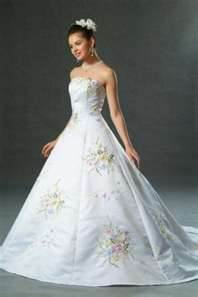 Pastel%20wedding%20dress2.full