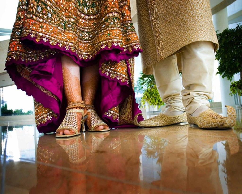Indian_shoes.original.full