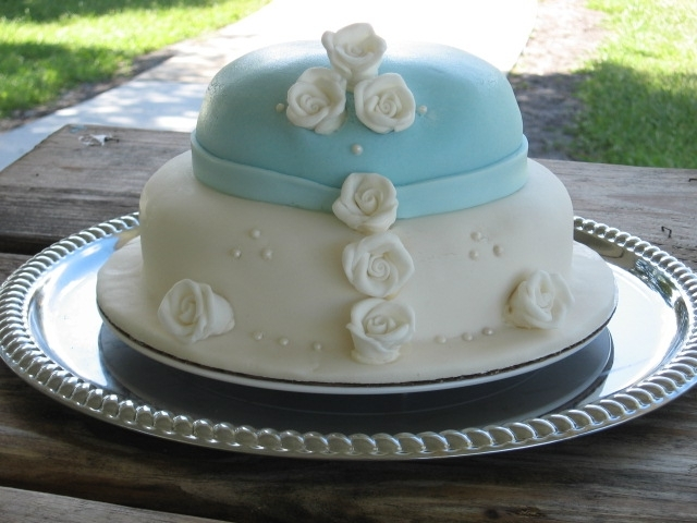 Two Tier Rose Button Cake