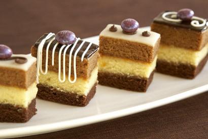 Cake%20petit%20fours.full