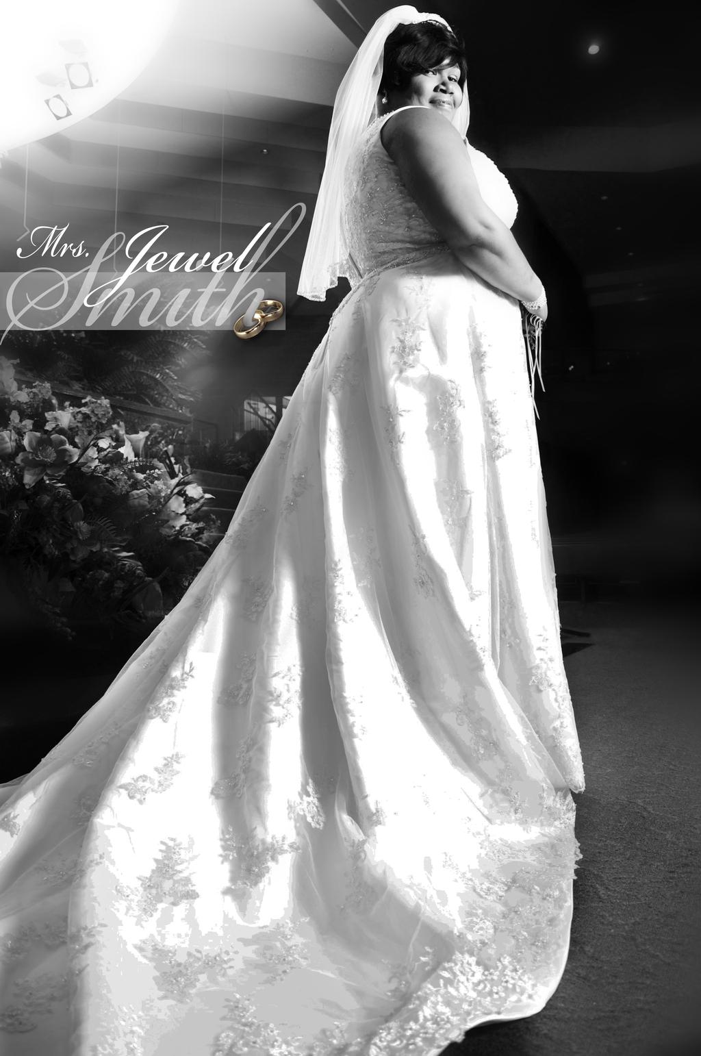 Bridebwwithreing.full
