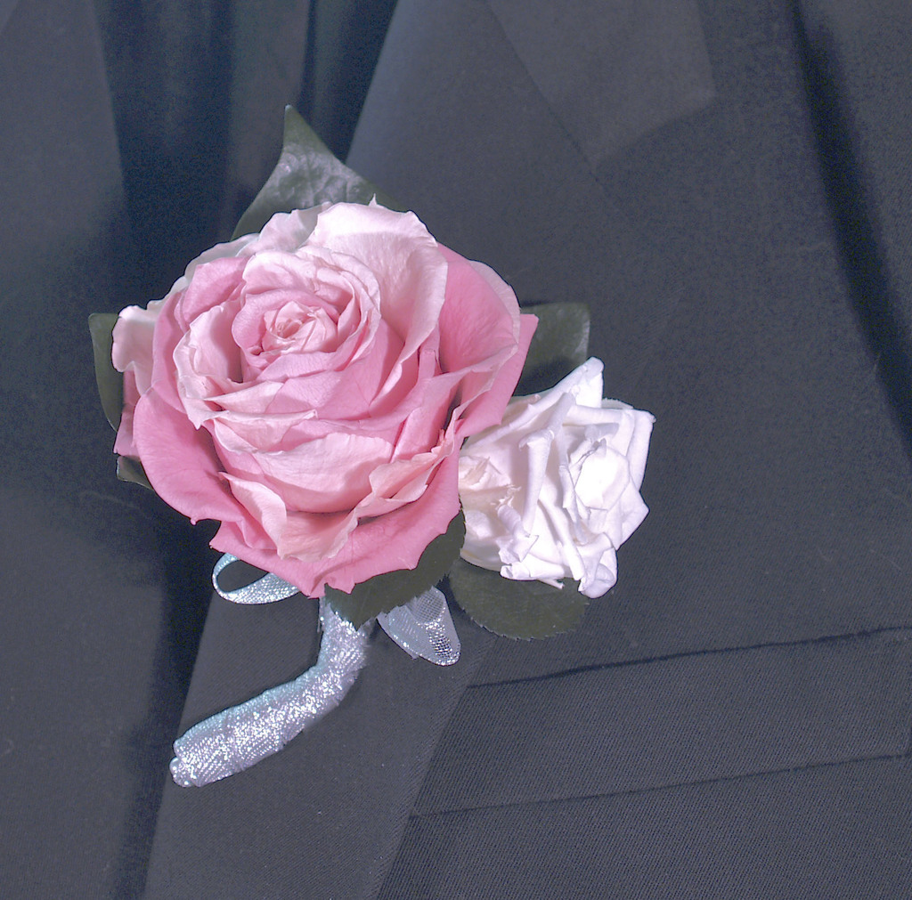 Boutonniere_201.original.full