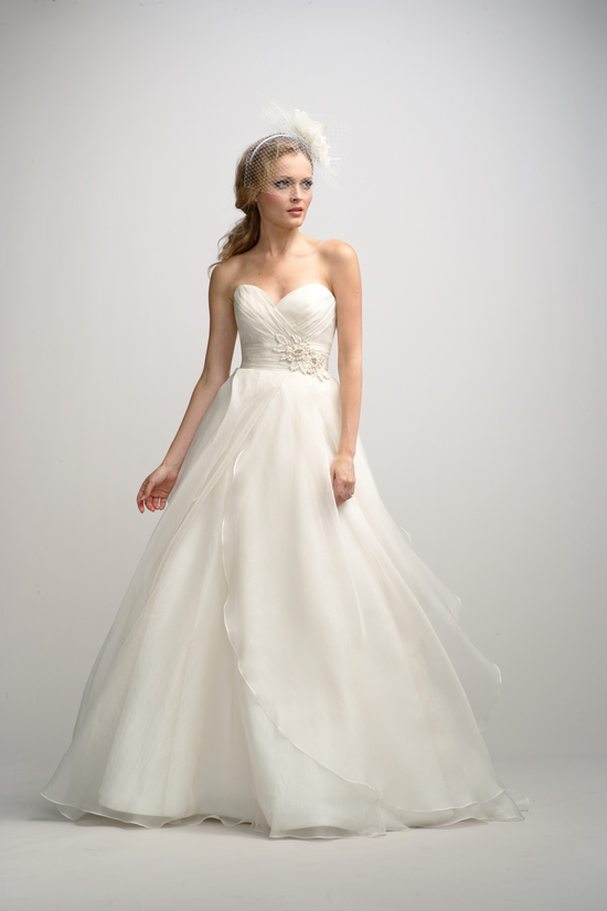 fall-2012-wedding-dress-watters-bridal-gown-9
