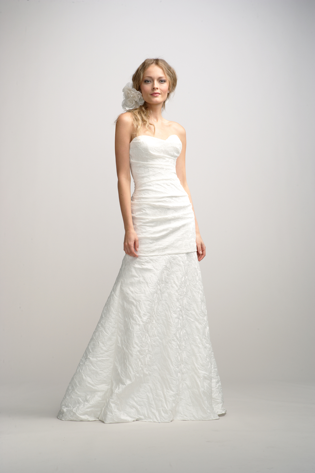 Fall-2012-wedding-dress-watters-bridal-gown-8.full