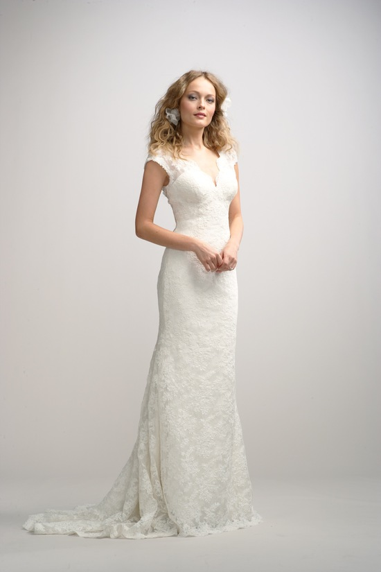 Lace wedding dress with small sleeves
