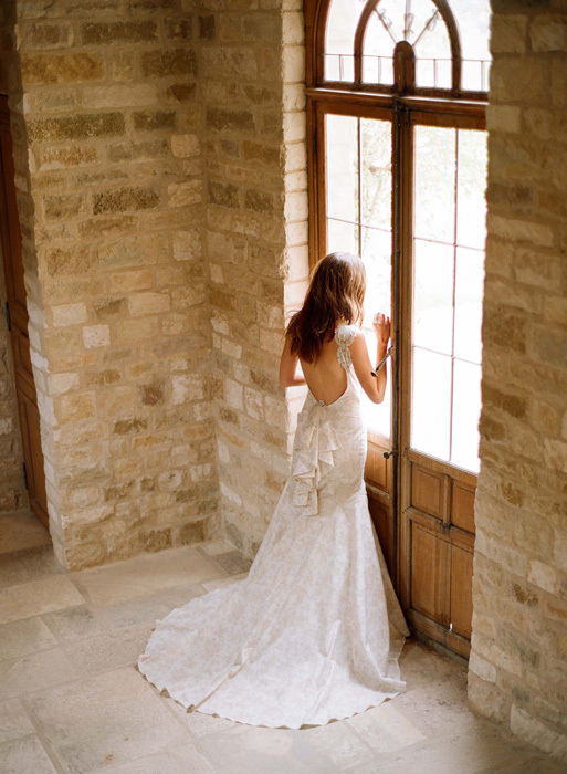 Claire-pettibone-wedding-dress-2012-bridal-15.full