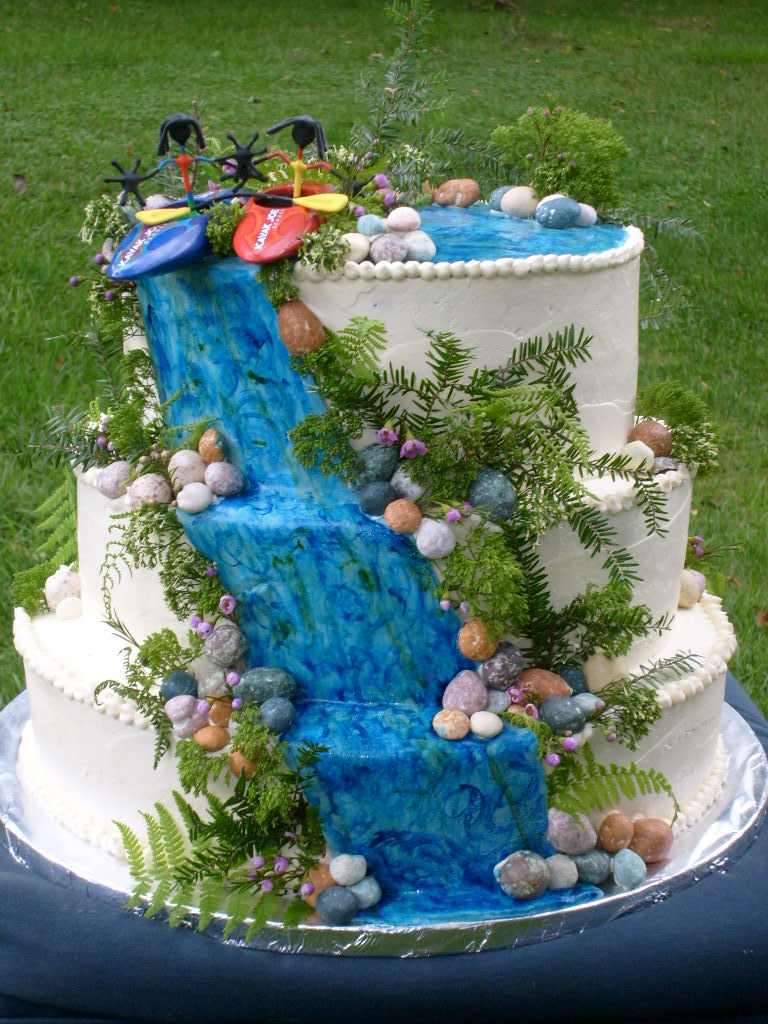 Copy%20of%20kayak%20cake.full