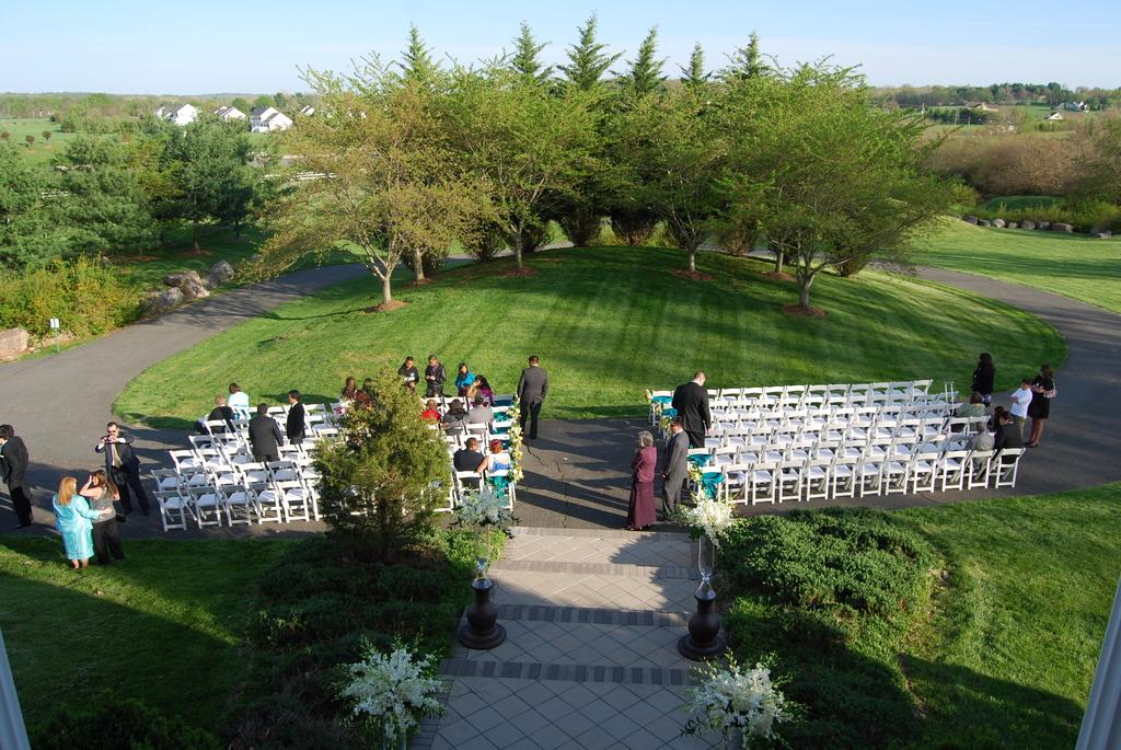 Ceremony_20in_20front_20rh.original.full