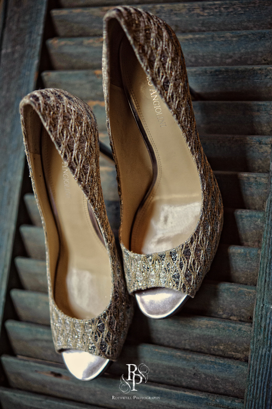 Beautiful open toed gold wedding shoes
