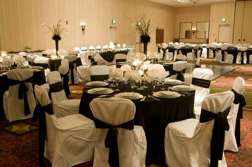 Ballroom_20wedding.original.full
