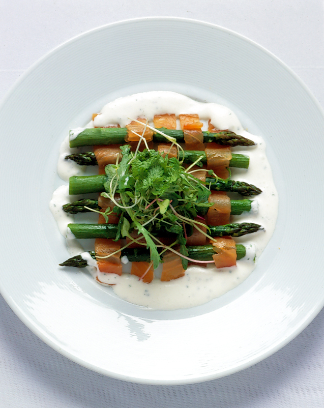 Asparagus%20and%20salmon%20trece.full